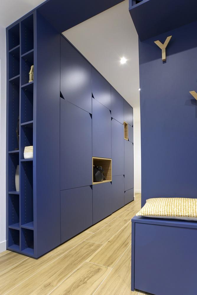 Solum showroom spot